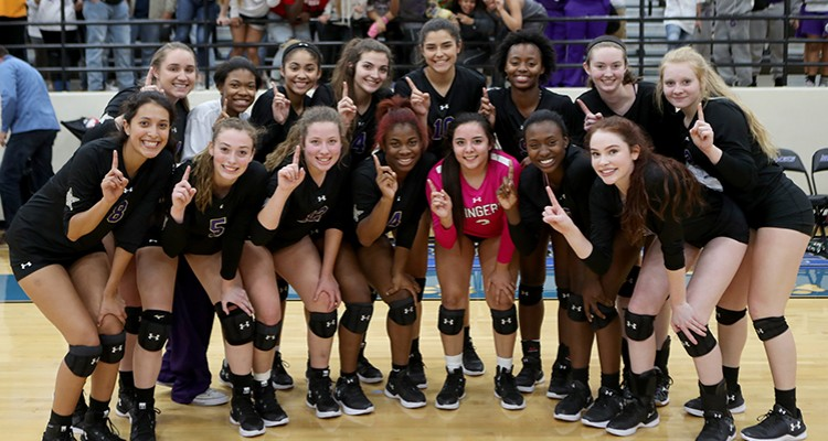 Photo for The Lady Rangers Make School History! *VIDEO*